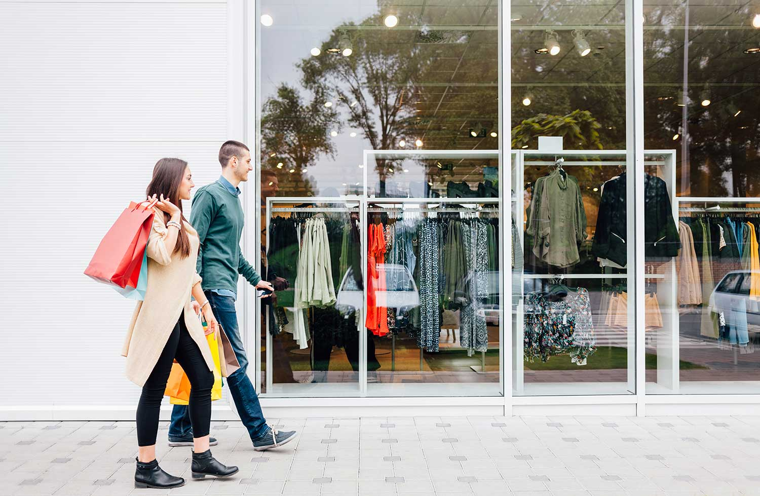 Retailers are increasingly turning back to the traditional storefront model